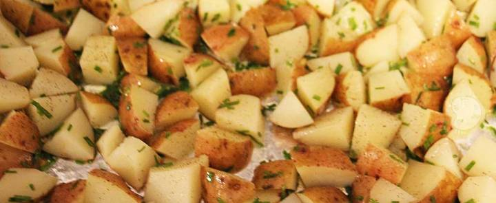 roasted potatoes with lemon and chives